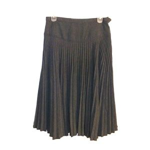 Grace Elements dropwaist pleated skirt. Med.
